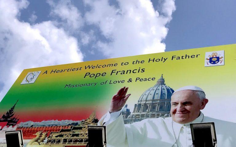 Der Papst geht. Der Nikolaus kommt.